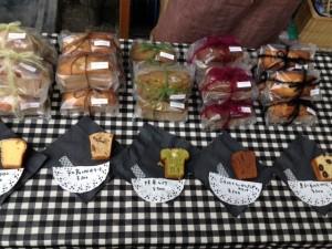 美味しい手作りお菓子や可愛い石鹸を出店されているのは、なんとエステシャンさん。